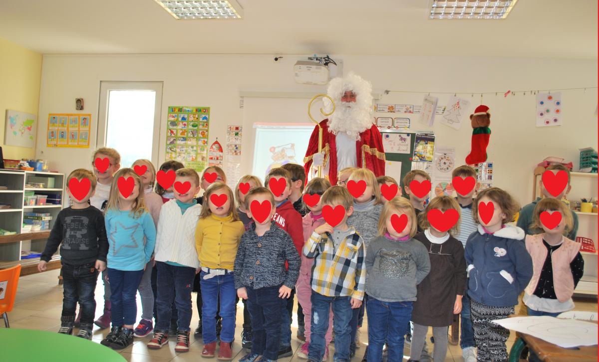 Visite de Saint Nicolas à l'école